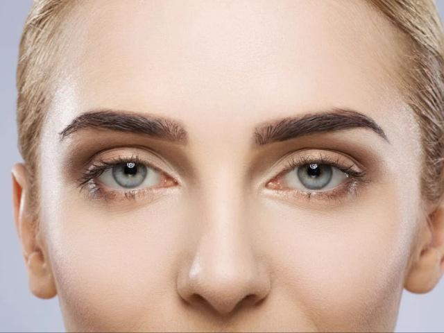 Подтянуть веки и кожу вокруг глаз без операций